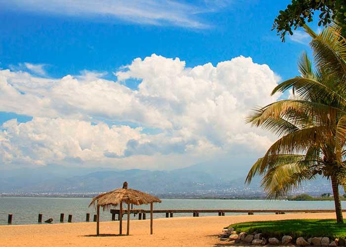 Пляжи Танганьики