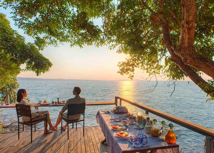 Закат на пляже Малави