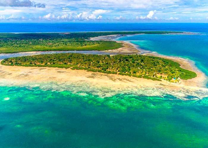 Лазурное побережье острова