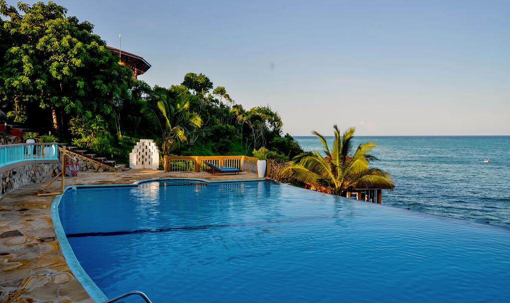 Отель Pearl Beach Resort & Spa Zanzibar